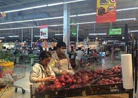 Vì sao trái cây nhập khẩu rẻ khó hiểu: Táo Mỹ còn gần 30.000 đồng/kg