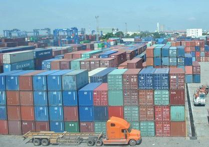 70% hàng hóa ùn tắc tại cảng Cát Lái là hàng nhựa, giấy phế liệu...