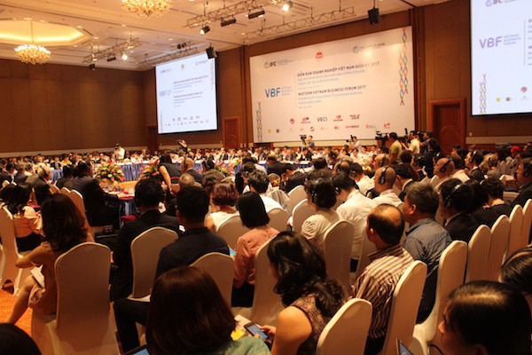 Chủ tịch VBF 2018: Cần hướng các công ty lớn của Việt Nam từ bỏ bất động sản