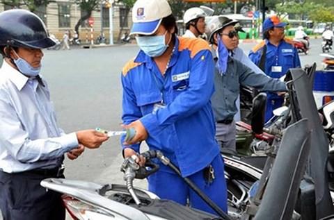 Tăng thuế môi trường xăng dầu kịch trần: Nỗi lo trở lại
