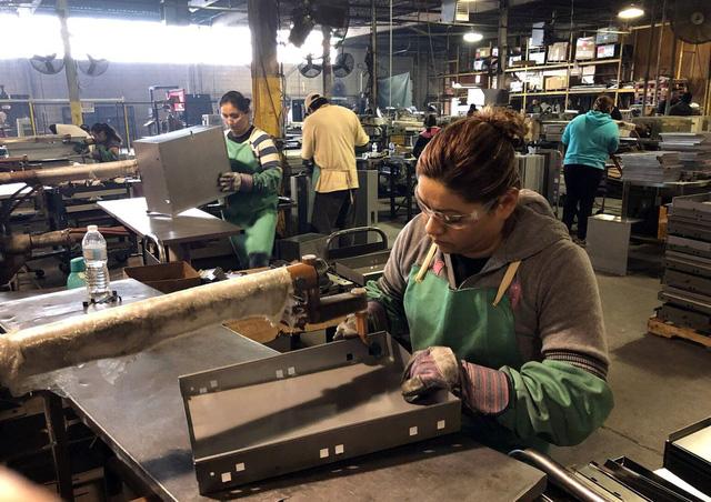 Chiến tranh thương mại Mỹ - Trung đe dọa tăng trưởng việc làm