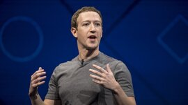 Mark Zuckerberg soán ngôi giàu thứ ba thế giới của Warren Buffett