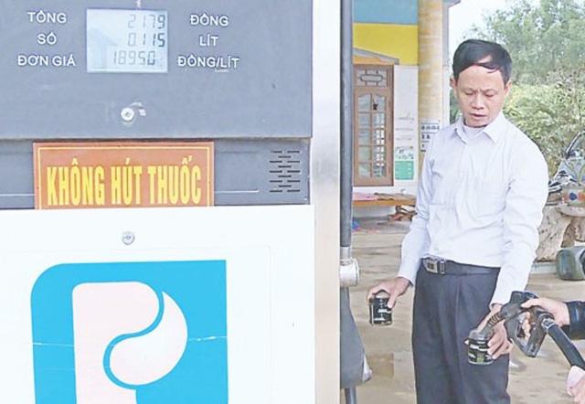Hơn 60 cơ sở kinh doanh xăng dầu vi phạm quy định