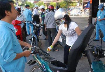 Giá xăng dầu giảm thêm từ 150 đồng – 380 đồng/lít
