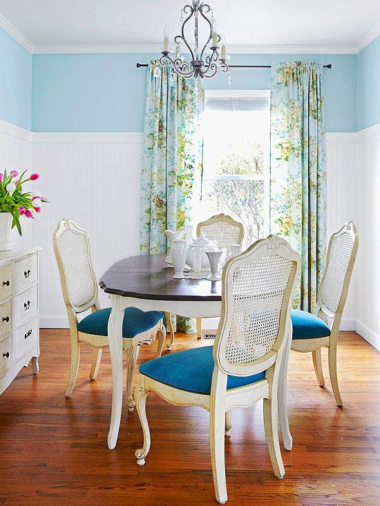 Phòng ăn nhỏ mà vẫn đẹp