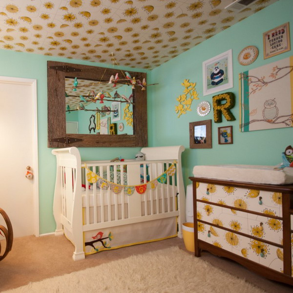 Trang trí trần nhà sinh động cho phòng ngủ của bé