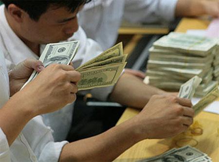 Giá USD giảm sâu, Ngân hàng Nhà nước lại phát tín hiệu mới