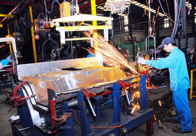 Vinaxuki bất thành, chưa thể nói công nghiệp ô tô đã thất bại