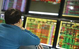 Mắc kẹt với cổ phiếu yếu kém